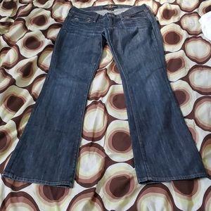 Women Lucky Brand Zoe Boot Blue Jeans in Size 8/29